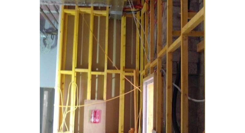 Преградни стени от дървена конструкция , монтаж .