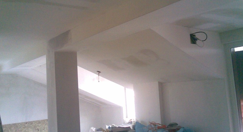 Окачени тавани , монтаж на гипсокартон .