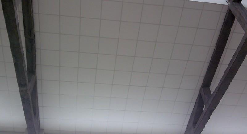 Монтаж растерен таван,Армстронг.